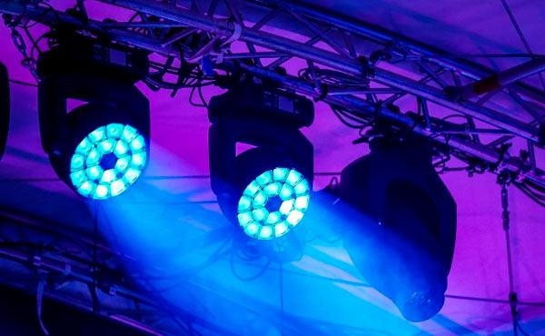 Servicios de iluminación y sonido